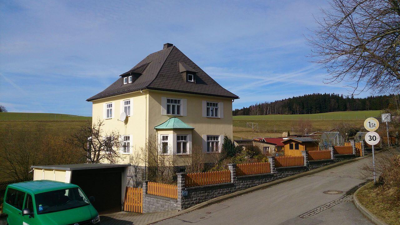 Ferienhaus vor Bau im Frühjahr